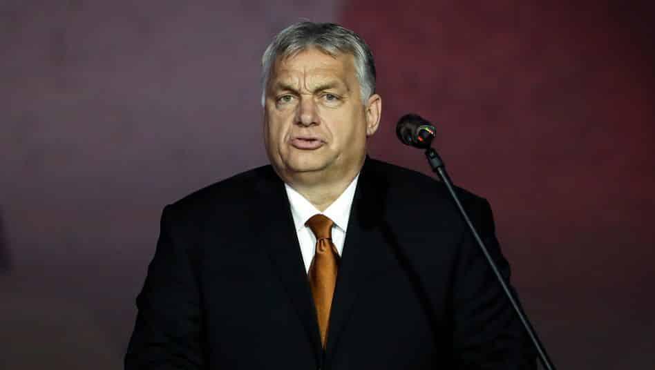 Ungarn: Parlament verbietet Homosexuellen Adoption von Kindern