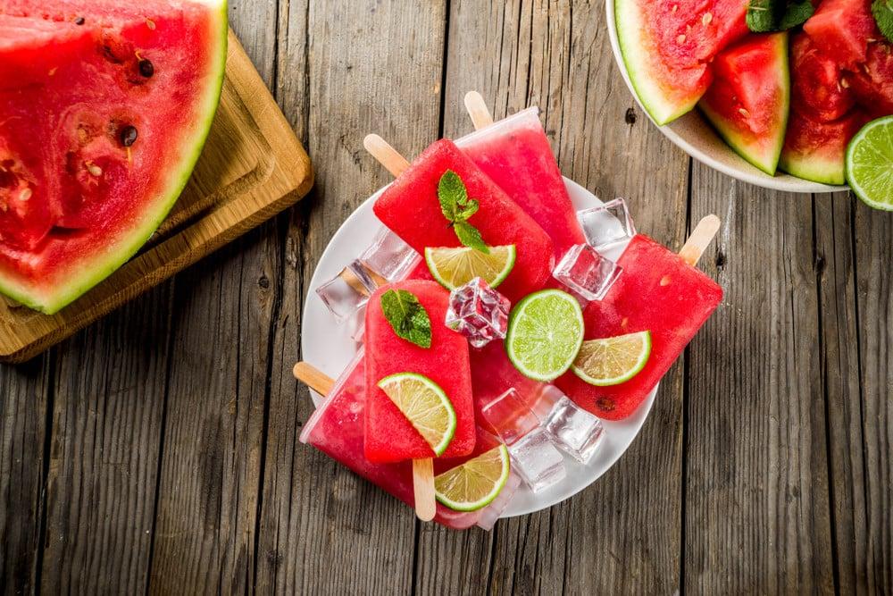 Pürierte Früchte und Wasser – superleckere Getränke !
