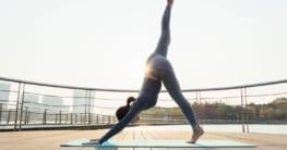 So nutzt du die Pandemie zeit mit Yoga am besten