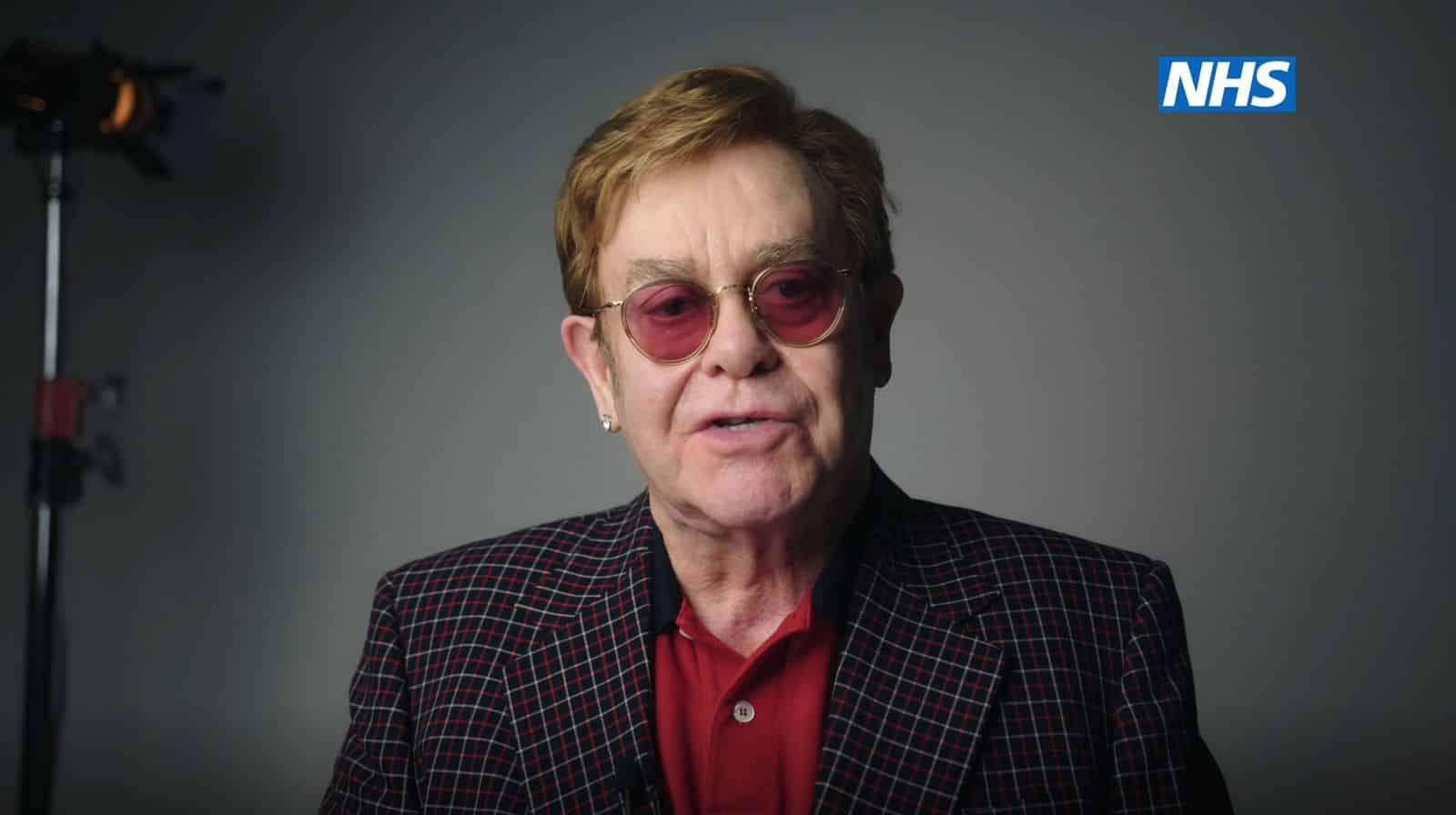 Elton John und Michael Caine werben für Corona-Impfungen