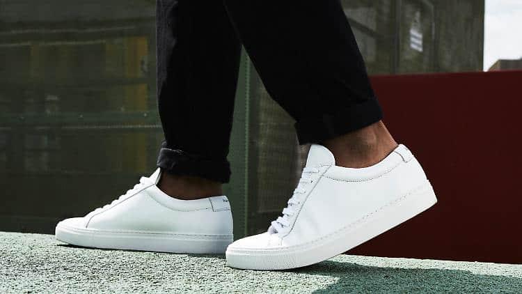 Outschool, aber immer noch modern Sneaker, Loafer und Co.